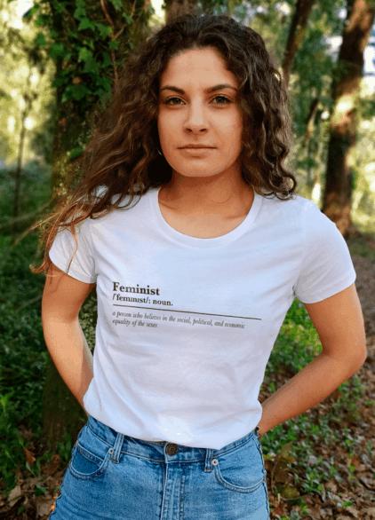 Foto feminist noun