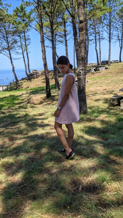 vestido sostenible bambu sin mangas rosa